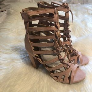 Gladiator Sandal with Heel (8.5)
